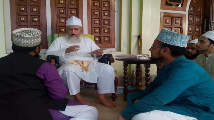 مولانا عبد الحمید سالم القادری،اپنے شاگردوں کے درمیان