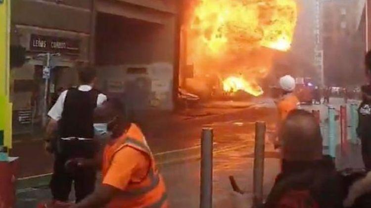 اسٹیشن پر آگ لگ گئی