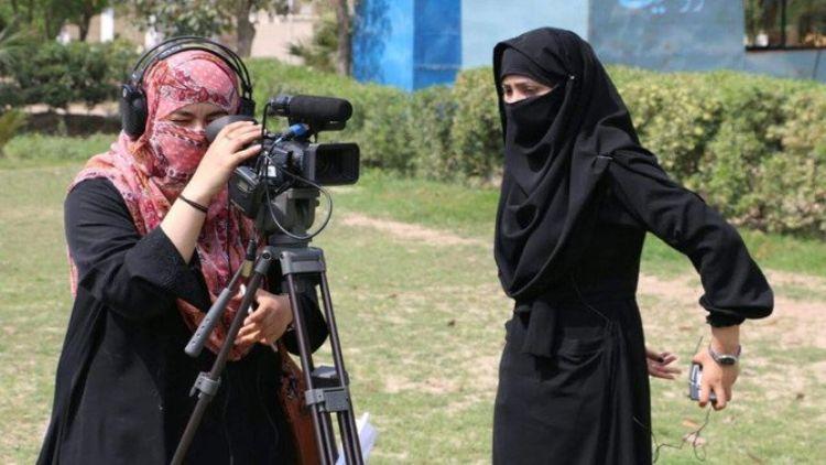 پاکستان میں خواتین صحافیوں