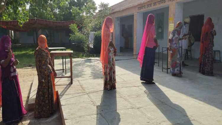 راجستھان:چھ اضلاع میں پنچایت انتخابات کے لئے ووٹنگ جاری