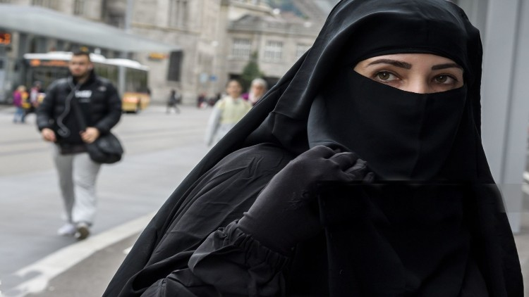 حجاب پر قانون
