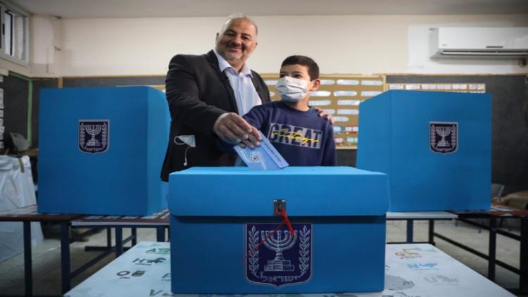 رعام پارٹی کے قائد منصور عباس نے  اسرائیلی حکومت میں شمولیت کو خارج ازامکان قرار نہیں دیا تھا