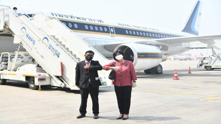 تھائی لینڈ سے پندرہ آکسیجن کنسنتریٹر آج نئی دہلی پہنچ گیۓ