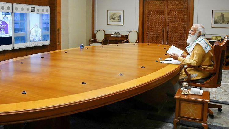 مودی منگل کی شام ویڈیو کانفرنسنگ کے ذریعہ ویکسین بنانے والی کمپنیوں کے نمائندوں کے ساتھ بات چیت کریں گے