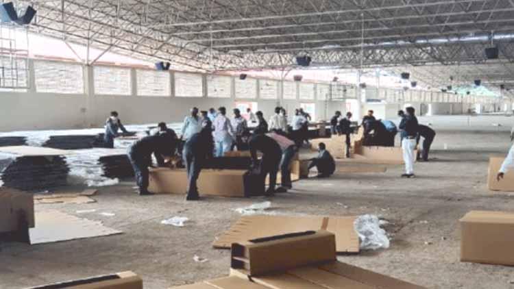 اندور کے رادھاسوامی آشرم نے بھی کورونا کے مریضوں کے لئے 500 بستروں پر مشتمل کیئر سنٹر قائم کرنے کا فیصلہ کیا ہے